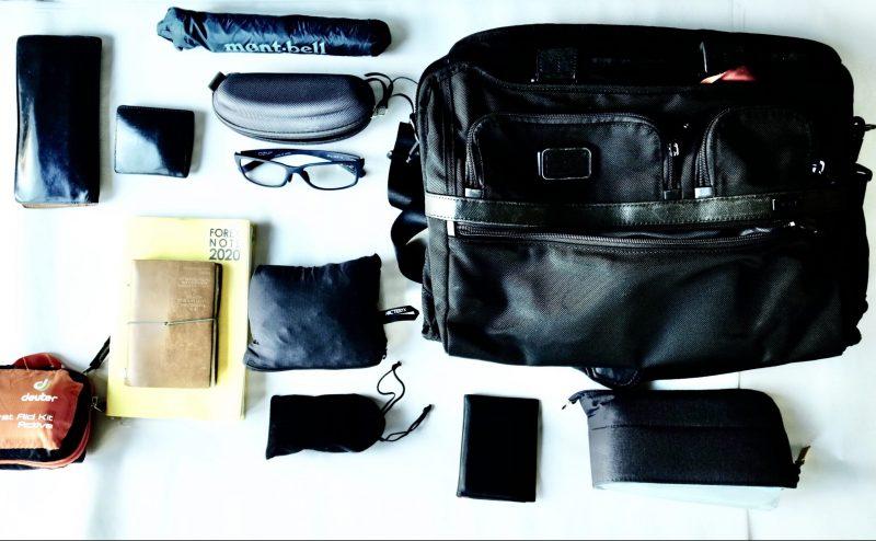 鞄の中身1