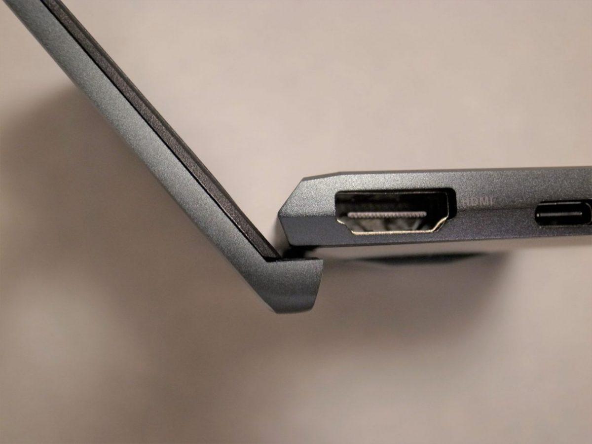 ASUS ZenBook 14オープン